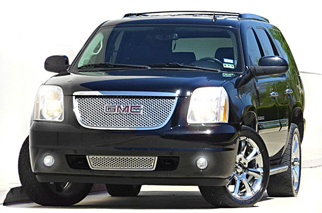 2008 GMC YUKON DENALI 4X2 4DR SUV black there are no electrical concerns associated with this vehi