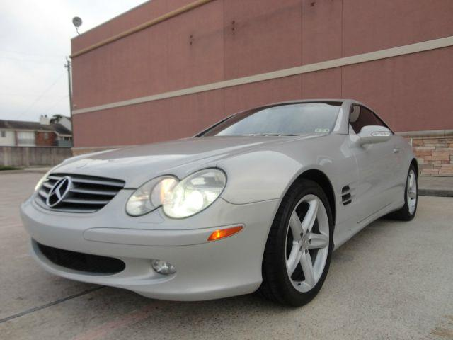 2003 MERCEDES-BENZ SL-CLASS SL500 silver all power equipment is functioning properly    nothing a