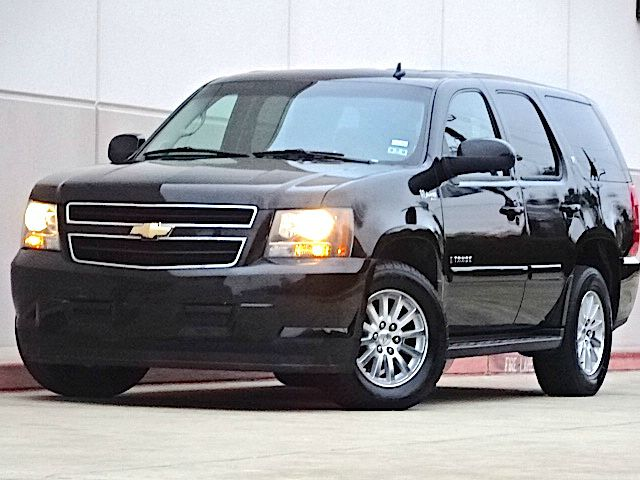 2008 CHEVROLET TAHOE HYBRID 4X2 4DR SUV black this vehicle was owned by a smoker but is very clea