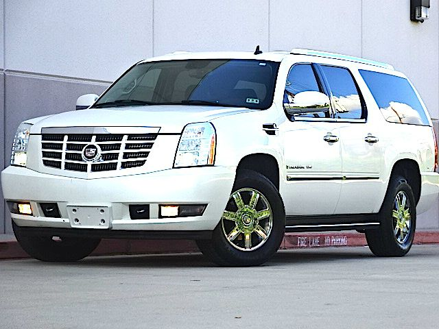 2007 CADILLAC ESCALADE ESV BASE AWD 4DR SUV pearl white all power equipment is functioning properl