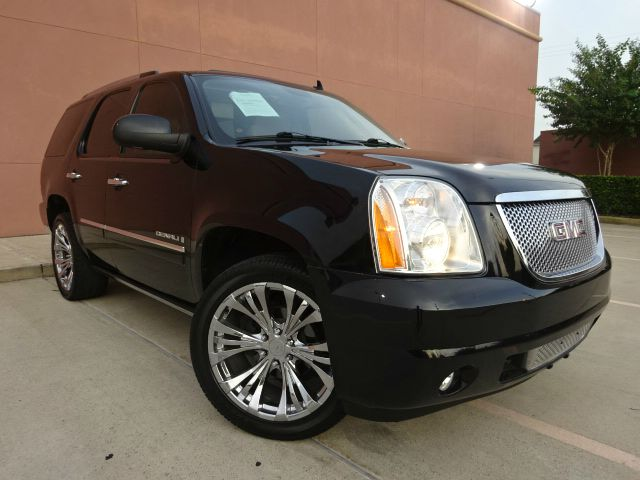 2009 GMC YUKON DENALI 4X2 4DR SUV black there are no electrical concerns associated with this vehi