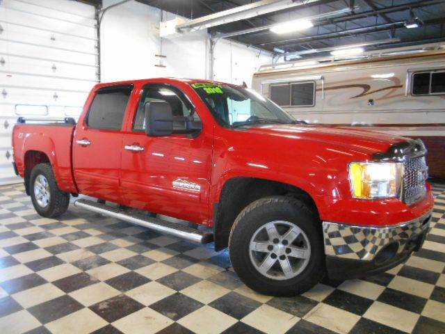 2010 GMC SIERRA 1500 SLE 4X4 4DR CREW CAB 58 FT red clean carfax  one owner  smoke-free inter