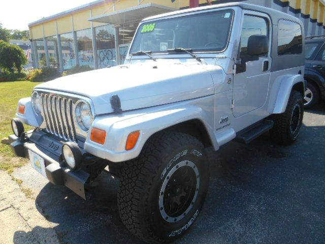 2005 JEEP WRANGLER UNLIMITED 4WD 2DR SUV silver excellent condition top-of-the-line unlimited edi