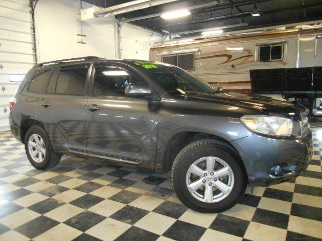 2010 TOYOTA HIGHLANDER AWD 4DR SUV grey metallic clean carfax  smoke-free interior  excellent co