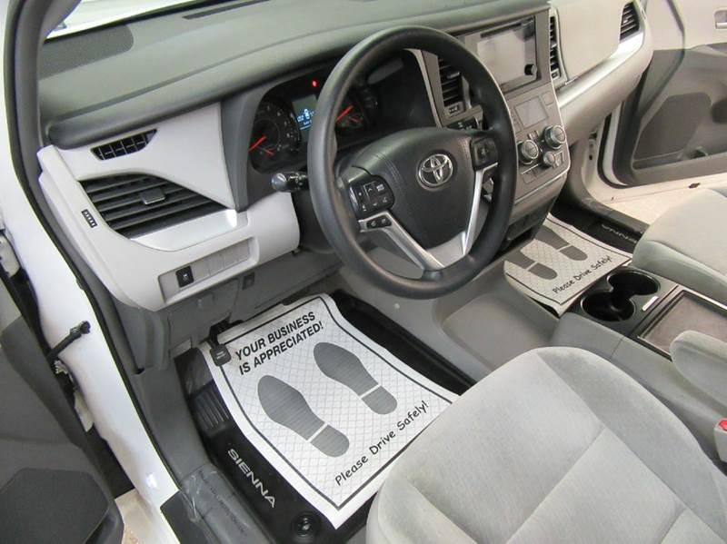 2015 Toyota Sienna AWD LE 7-Passenger 4dr Mini-Van - Traverse City MI
