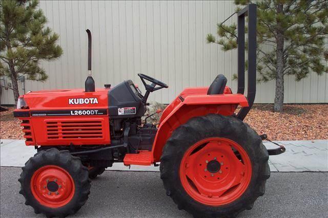 2002 Kubota L2600DT