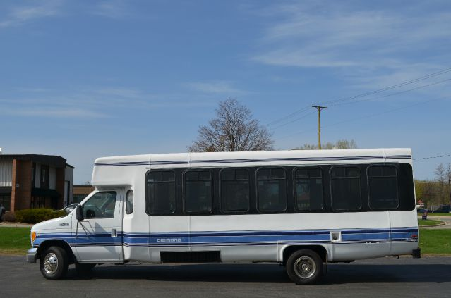2000 Ford E450