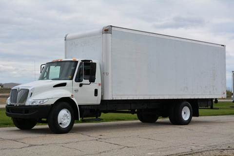 2002 International 4300 24ft Box Truck