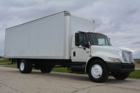 2002 International 4300 24ft Box Truck