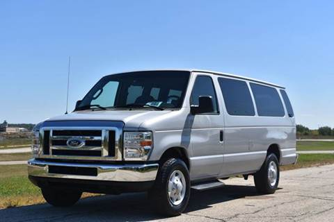 2008 Ford E350 10 Passenger Van for sale in Crystal Lake, IL