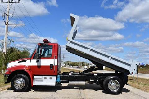2004 International 4000 11ft Dump Truck for sale in Crystal Lake, IL