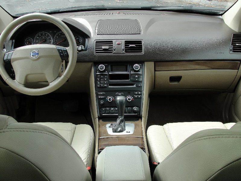 2010 Volvo XC90 3.2 AWD 4dr SUV - North Attleboro MA