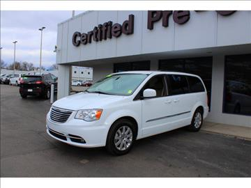 2016 Chrysler Town and Country for sale in Overland Park, KS