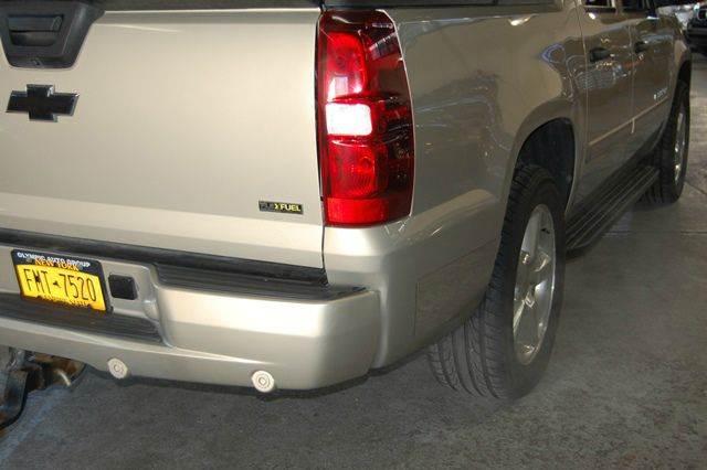 2007 Chevrolet Avalanche LTZ 1500 4dr Crew Cab 4WD SB - Farmingdale NY