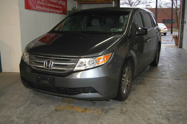 Gray Year 2011 Make Honda Model Odyssey Miles 45705