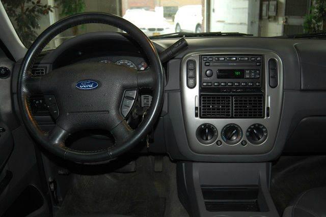 2003 Ford Explorer 4dr XLT 4WD SUV - Farmingdale NY