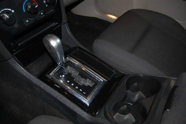 2006 Chrysler 300 4dr Sedan - Farmingdale NY