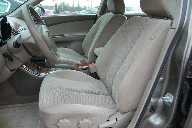 2006 Nissan Altima 2.5 S 4dr Sedan (2.5L I4 4A) - Farmingdale NY