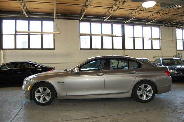 2012 BMW 5 Series 528i xDrive AWD 4dr Sedan - Farmingdale NY