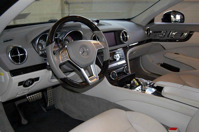 2013 Mercedes-Benz SL-Class SL550 2dr Convertible - Farmingdale NY