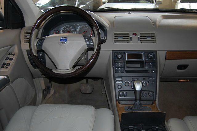 2004 Volvo XC90 T6 AWD - Farmingdale NY