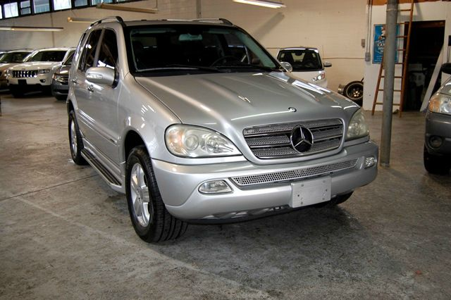 Silver Year 2005 Make Mercedes Benz Model M Class Miles 94171