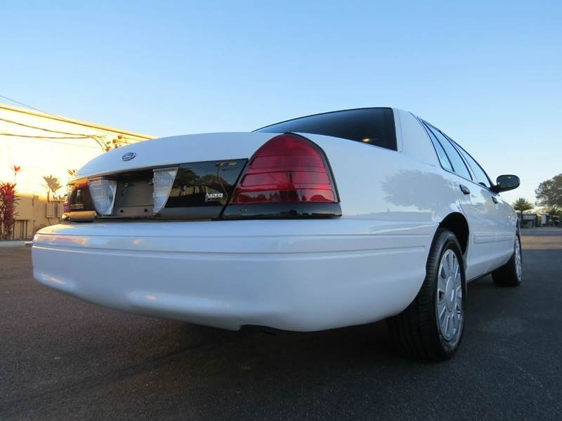 2011 Ford Crown Victoria Police Interceptor 4dr Sedan (3.27 Axle) - Largo FL