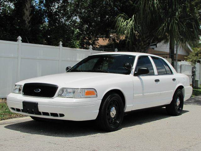 2009 Ford Crown Victoria photo - 9