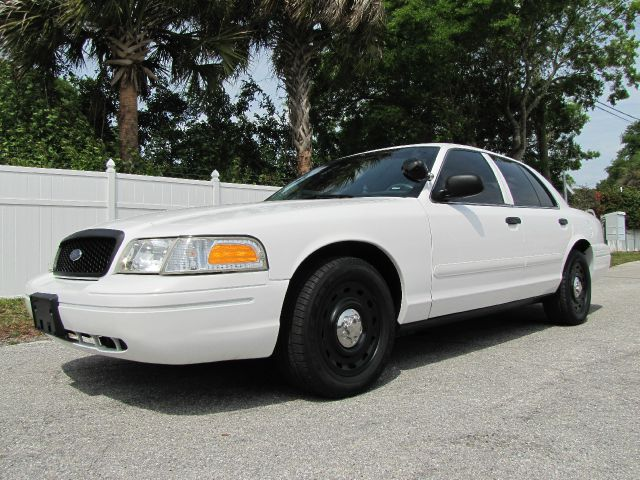 used cop cars for sale retired police cars autos post. Black Bedroom Furniture Sets. Home Design Ideas