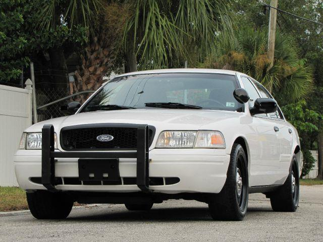 2011 ford crown victoria police interceptor in largo fl classic automobile co inc. Black Bedroom Furniture Sets. Home Design Ideas