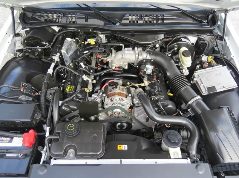 2010 Ford Crown Victoria Police Interceptor 4dr Sedan (3.27 Axle) - Largo FL