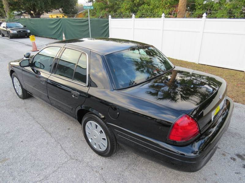 2011 Ford Crown Victoria Police Interceptor Pursuit 4dr Sedan (3.55 Axle) - Largo FL
