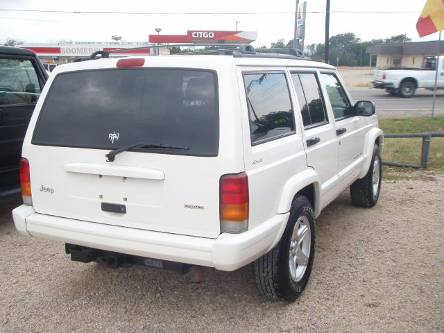 used 2001 jeep cherokee classic in liberty hill tx at just trucks. Black Bedroom Furniture Sets. Home Design Ideas