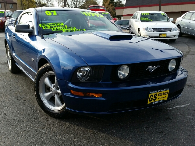 2007 ford mustang gt deluxe 2dr coupe in milwaukee brookfield butler gs auto sales. Black Bedroom Furniture Sets. Home Design Ideas