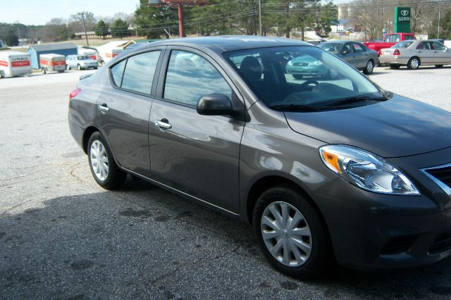 2013 nissan versa 1 6 sv 4dr sedan in greenwood sc greenwood daewoo. Black Bedroom Furniture Sets. Home Design Ideas