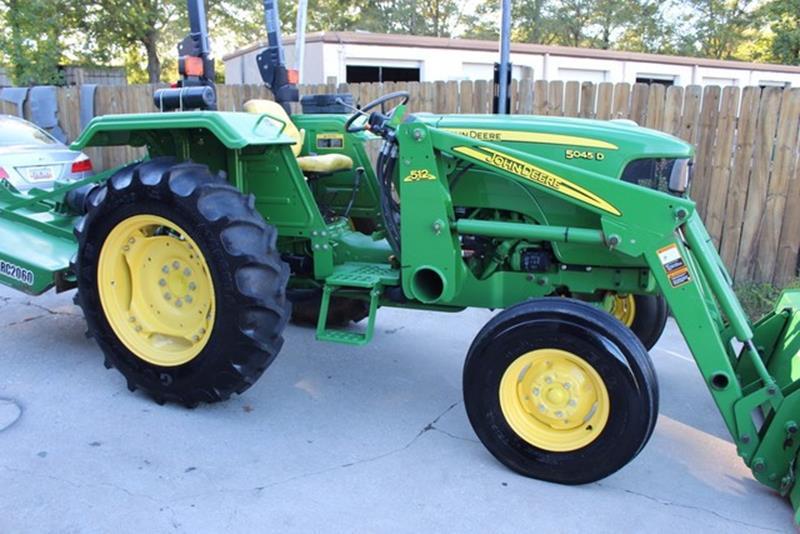 2012 John Deere 5045