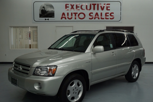 2005 toyota highlander limited 4dr suv w 3rd row in fresno ca executive auto center. Black Bedroom Furniture Sets. Home Design Ideas