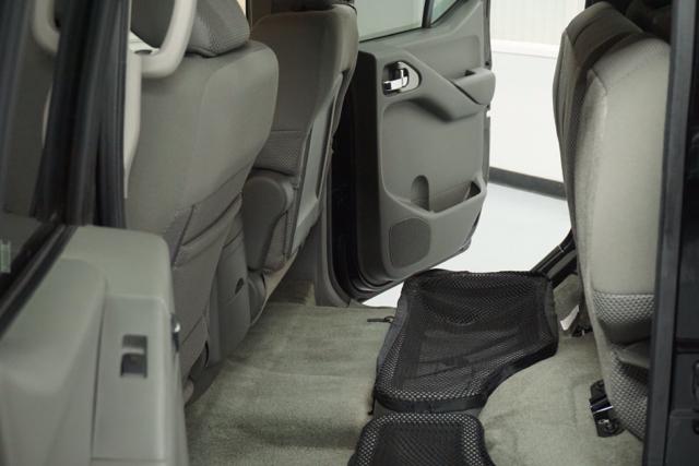 2014 Nissan Frontier SV 4x2 4dr Crew Cab 5 ft. SB Pickup 5A - Fresno CA
