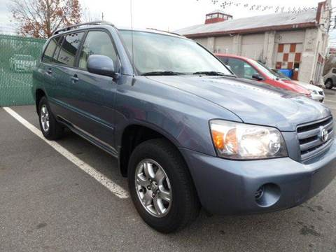 2005 Toyota Highlander for sale in Garfield, NJ