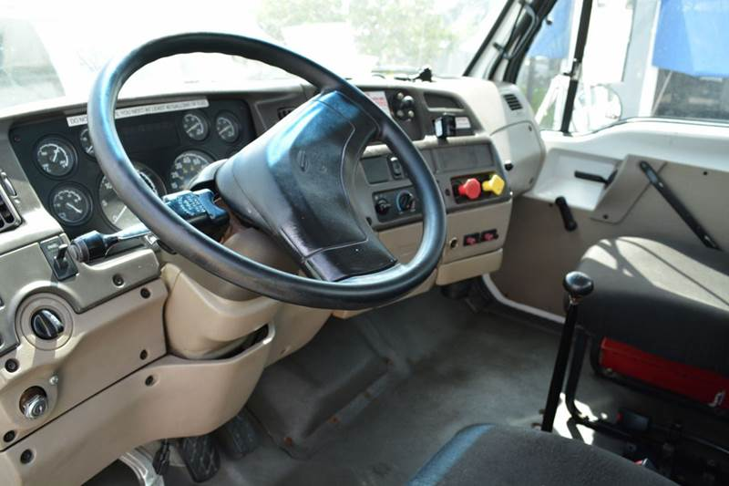 2005 Sterling L 8500 Reg Cab - Alice TX