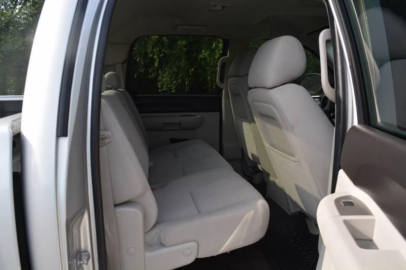 2011 Chevrolet Silverado 1500 4x2 LT 4dr Crew Cab 5.8 ft. SB - Alice TX