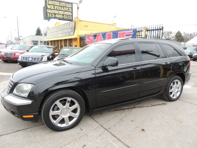 2006 Chrysler Pacifica for sale in DETROIT MI