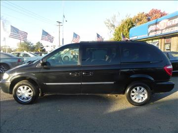 2005 Chrysler Town and Country for sale in Clinton Township, MI