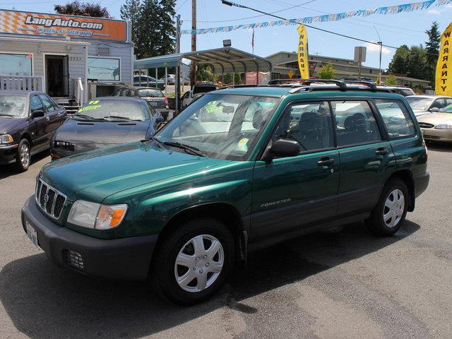 used 2001 subaru forester l awd 4dr in lynnwood wa at lang. Black Bedroom Furniture Sets. Home Design Ideas