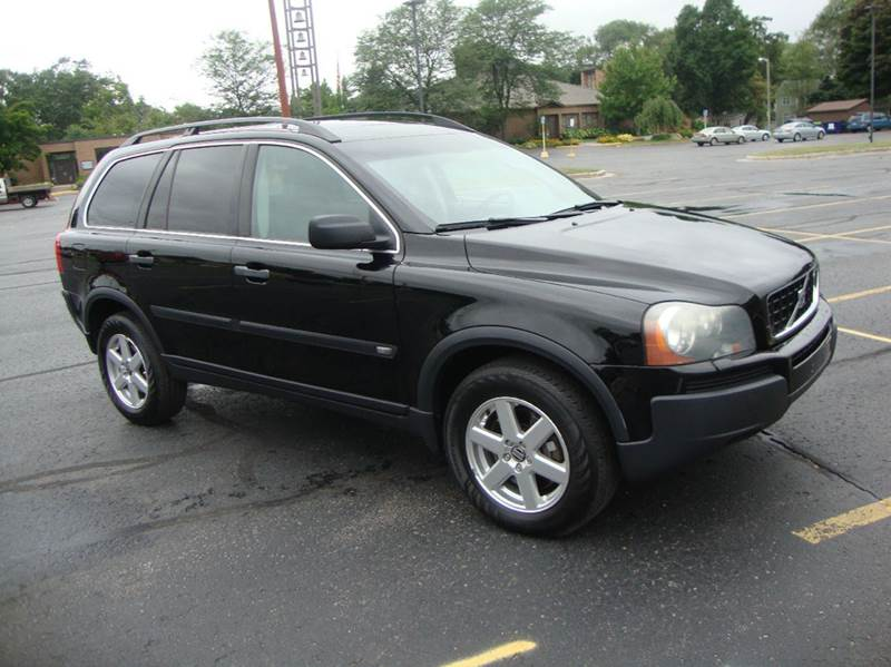 2006 Volvo Xc90 2 5t 4dr Suv W  Third Row In Traverse City