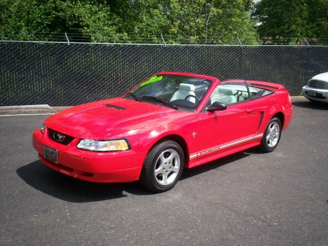 2000 Ford Mustang for sale in SALEM OR