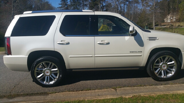 2014 Cadillac Escalade AWD Premium 4dr SUV - Athens GA