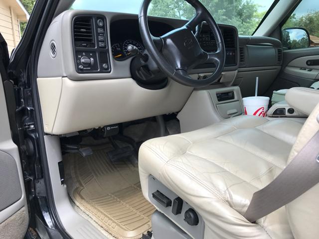 2001 Chevrolet Suburban 2500 LT 4WD 4dr SUV - Athens GA