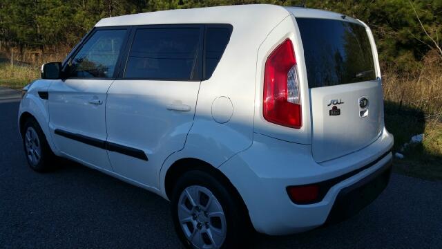 2012 Kia Soul + 4dr Wagon 6A - Athens GA
