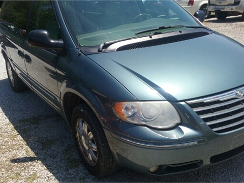 2006 Chrysler Town and Country for sale in Tupelo, MS
